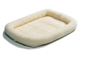 Marltons - Faux - Sheepskin Pet Cushion - Extra-Large (120cm x 70cm)