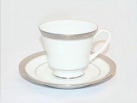 Noritake - Signature Platinum Tea Saucer - White and Platinum - 15 x 15 x 1cm