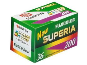 Fujifilm Superia 200 ASA 135-36 Carded Negative Colour Film