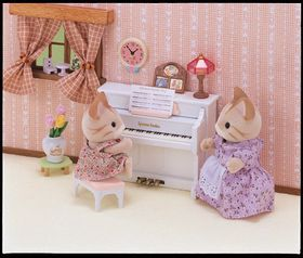 Sylvanian Family Piano Set