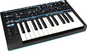 Novation Bass Station II Synthesiser 25 Key