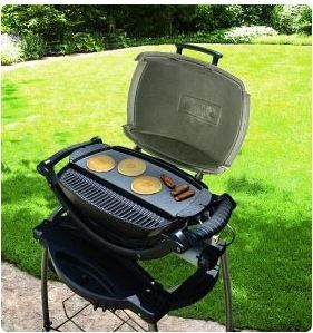 weber q 200 griddle fits on q 200 and q 220 gas grills 66cm x 26cm x 6cm buy online in. Black Bedroom Furniture Sets. Home Design Ideas