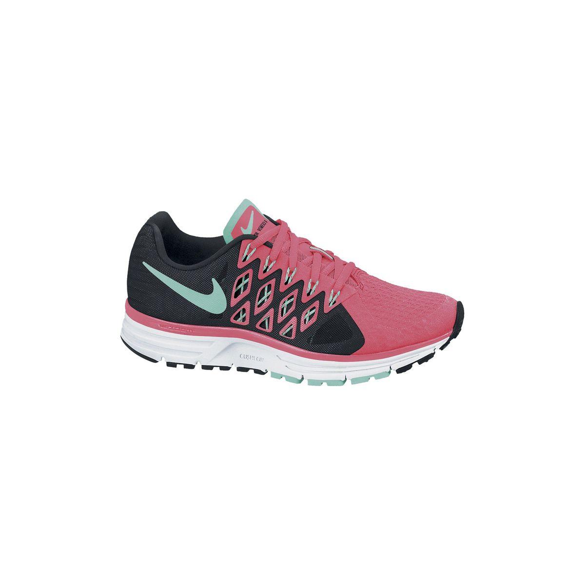 Rose Nike Free Run Ukulélé