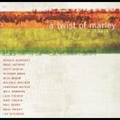 Twist Of Marley - Various Artists (CD)