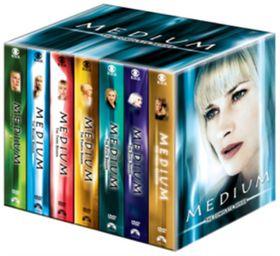 Medium Complete Seasons 1 - 7 (Import DVD)