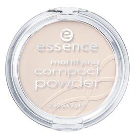 Essence Mattifying Compact Powder - 10 Light Beige