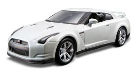 Bburago 1/32 Nissan GT-R - Street Tuners - White