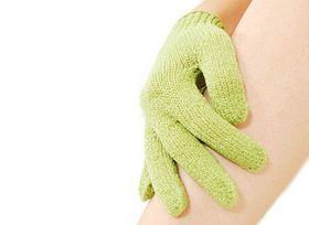 Body Benefits Bath & Shower Gloves - Lime