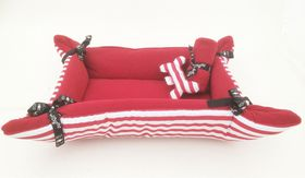 Wagworld - Medium Puppy Cuddle Bed Pack - Red