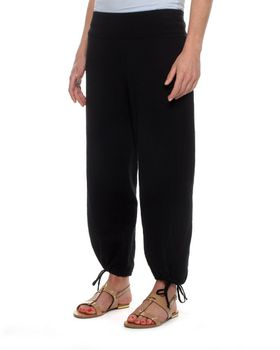The Earth Collection Summer 3/4 Pants - Black