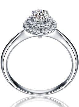 Exquisite 1 Carat Simulated Diamond Ring (Size: M)