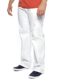 Swagg Men's Cotton Chinos - White