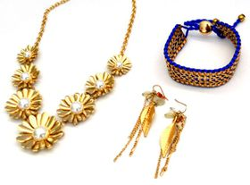 Fred Tsuya Daisy Jewellery Set