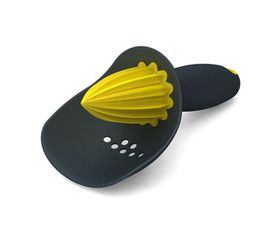 Joseph Joseph - Catcher Citrus Reamer - Yellow