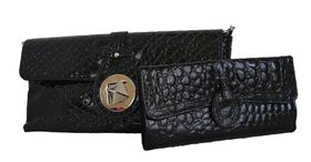 Fino Crocodile Patent Leather cross body/envelop bag + Crocodile Patent Leather Purse Set (Rf07/923+B310/Cro - Black