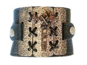 ROK Armo Band Wristband - The Antiqued Shackled Hammer Design (Antique White Metal Bass with Hammer) - Black Strap