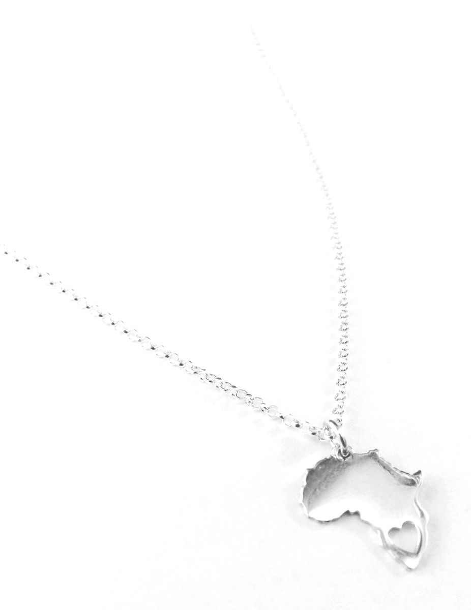Miss jewels africa heart pendant with necklace in 925 sterling miss jewels africa heart pendant with necklace in 925 sterling silver aloadofball Image collections