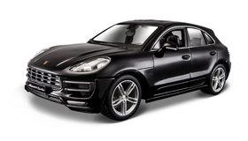 Burago 1/24 Porsche Macan in Black