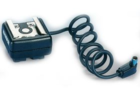 Kaiser 1301 Flash Shoe Adaptor with Sync Cable