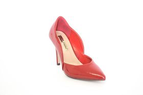 Juliette Scalloped Patent Court in Red