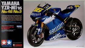 Yamaha YZR-M1 No.46 No.5 Rossi  1:12 Scale Plastic Model Kit