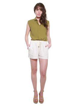 Glamzza Ladies Sleeveless Hidden Button Blouse - Olive Green (Size: One Size Fits All)