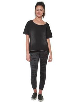Glamzza Ladies Urban Dreams Distressed Tee (Size: One Size Fits All)