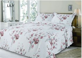 Simon Baker - Quilted and Printed Lily Comforter Set