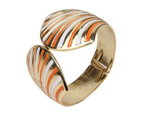 Arm Candy Fan Shell Hinged Cuff Bracelet - Orange and White