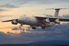 Roden Lockheed C-141b Starlifter 1/144 Scale Model Kit