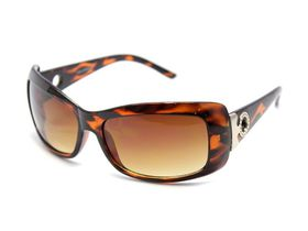 POP Ladies Plastic with Round Temple Detail Sunglasses - Tort