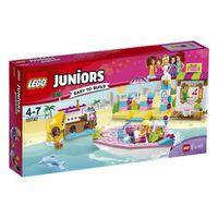 LEGO® Juniors Andrea & Stephanie's Beach Holiday: 10747