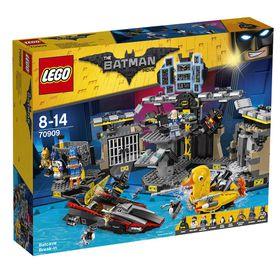 The LEGO Batman Movie - 70909 Bat Cave Break In