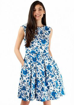 Closet London - Blue Floral V Back Dress