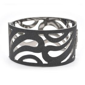 Lily & Rose Black Glitter Bangle With A Swirls Design - TLBR060