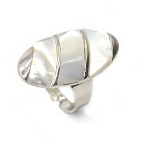 Silver Plated White Mother Of Pearl Oval Shaped Ring - TLR014