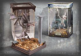 Magical Creatures - Harry Potter: Ukrainian Ironbelly (Parallel Imports)