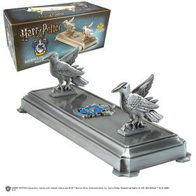 Harry Potter: Ravenclaw Wand Stand (Parallel Import)