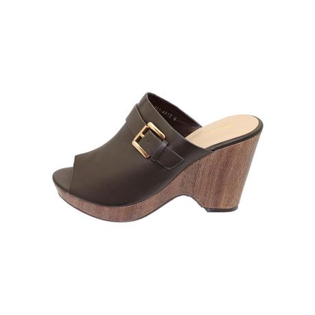 b35f95a0751 Bata Ladies Platform Wedge Sandals - Brown