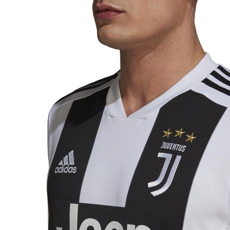 the best attitude 06825 bf872 Men's adidas Juventus Home Replica Jersey | Buy Online in ...