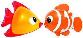 Tolo Toys - Kissing Fish